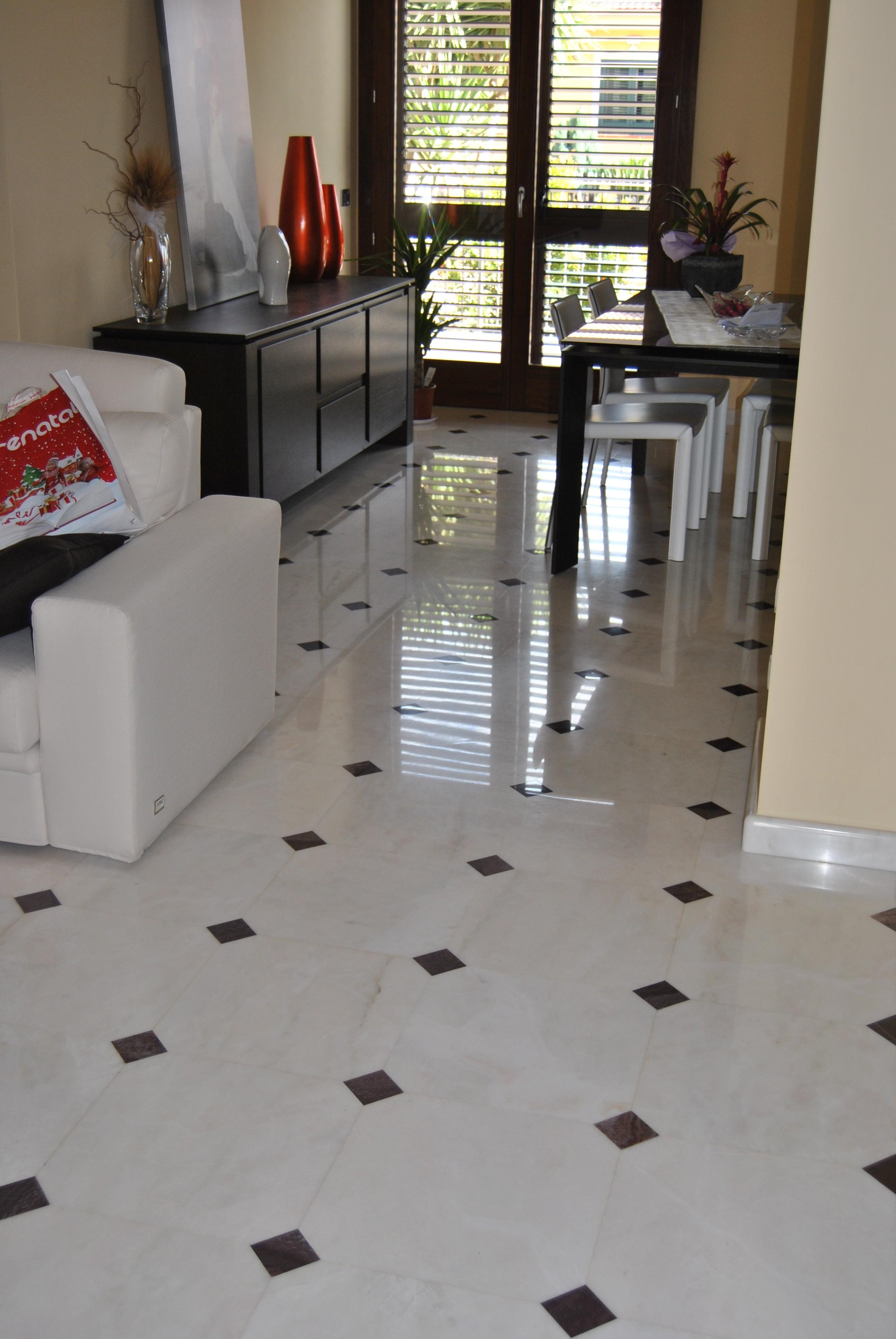 Pavimento in marmo Rosa Portogallo - Lavorazione marmi e ...